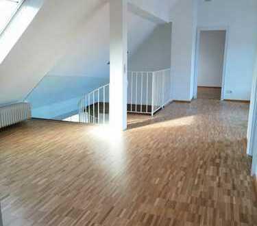 Exklusive neu renovierte Maisonette-Wohnung mitten in HD-Neuenheim
