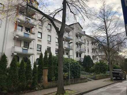 3-Zimmer-Wohnung im Kurviertel - Hier wohnen Sie in der ersten Reihe