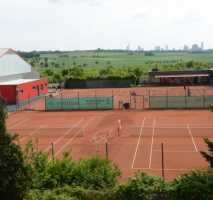 Pächter für Tennis-Club Gastronomie in Bad Vilbel -Heilsberg gesucht