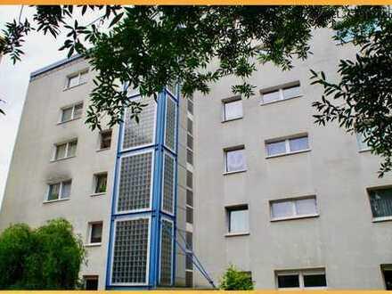 =) …mal 5-Zimmer mit Echtholzdielung+EBK, Kamin und Sonnenbalkon =)