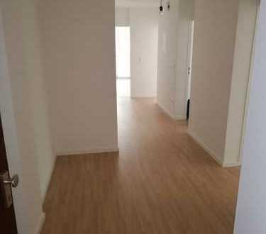 Erstbezug nach Sanierung: ansprechende 3-Zimmer-Wohnung mit Balkon in Berg am Laim, München