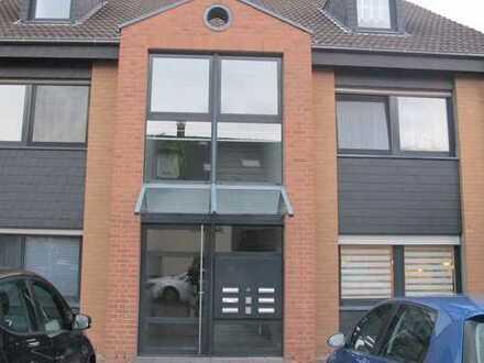 4-Zimmer-Eigentumswohnung mit Stellplatz in Pulheim-Stommeln