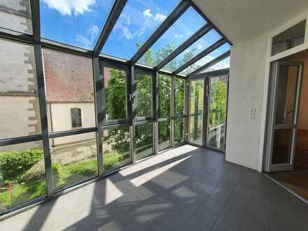 Bezugsfreie top sanierte 3 Zimmer Wohnung mit Wintergarten zentral in Munzingen