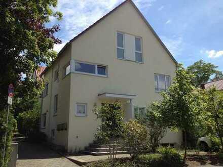 Modernes Haus in Bestlage für 4 Personen