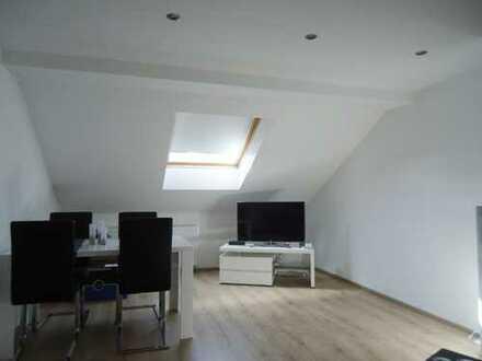Schöne, Neuwertige 2- Zimmer Wohnung