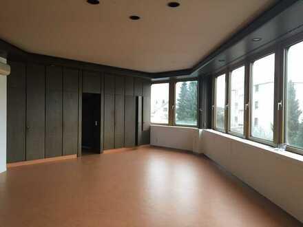 leerstehendes Büro-Objekt zum Arbeiterwohnheim oder Hotel umbauen