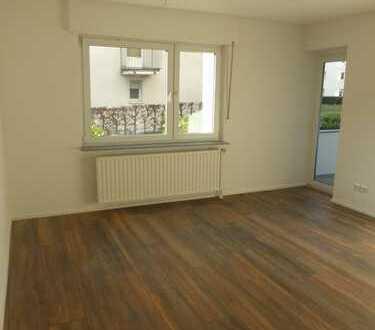 Frisch sanierte 3-Zimmer Wohnung mit Balkon nahe Köln-Arcaden und FH