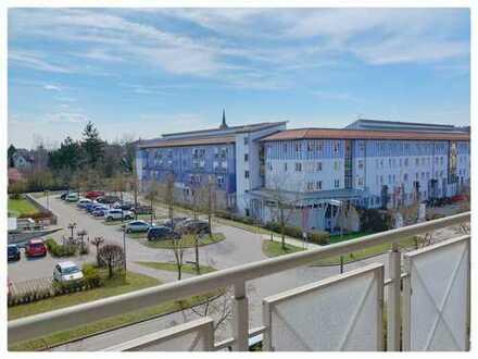 Moderne, lichtdurchflutete 3,5-Zimmer-Loft-Wohnung mit Balkon in Mindelheim