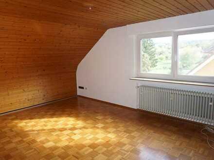 Gemütliche 3 Zimmer-Dachgeschosswohnung in Straubenhardt/Ottenhausen