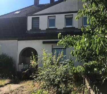 Fleißige Renovierer ... werden mit einem schönen Haus und einem günstigen Kaufpreis belohnt!