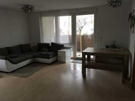 Stilvolle, gepflegte 3,5-Zimmer-EG-Wohnung mit Balkon und Einbauküche in Leinfelden-Echterdingen