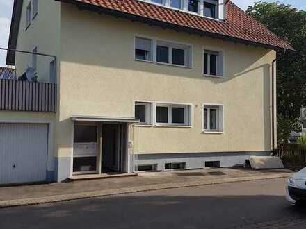 4-Zimmer-Wohnung mit Einbauküche und Balkon in Renningen