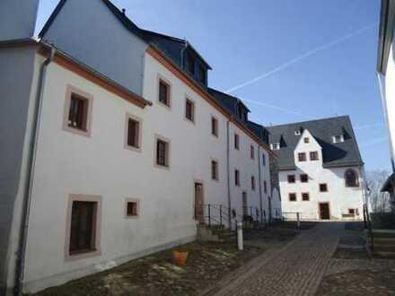Wohnen auf Schloss Wildenfels - schöne 2 Raum-Wohnung wieder zu vermieten