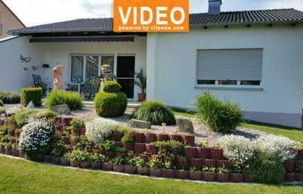 VOHBURG: SELTENENE GELEGENHEIT - SCHÖNES 1 FAMILIENHAUS HAUS MIT 700 m² AREAL - NEU RENOVIERT