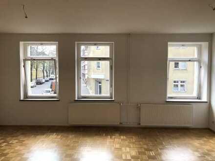 Helle 2-Zimmer-Maisonette-Wohnung mit EBK in Dresden