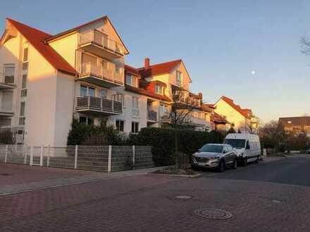 Renovierte 4-Zimmer-Wohnung mit Balkon und EBK in Neu-Isenburg