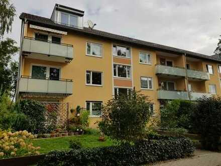 Schöne 3 ZKB-Wohnung mit Balkon