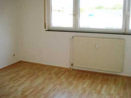 Hübsche 1-Zimmerwohnung in Frankfurt-Nied mit eingerichteter Küche vom Eigentümer zu vermieten
