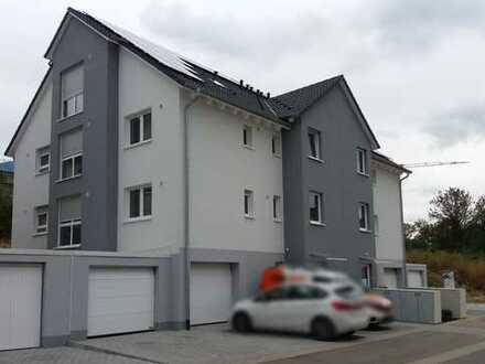Extra für Selbständige/Freiberufler gebaut - moderne 143m² - WOHNEN + ARBEITEN + RELAXEN im Garten
