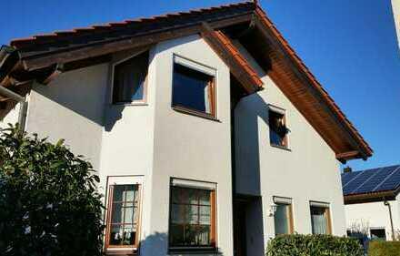 NUR NOCH BEGRENZTE ZEIT VON PRIVAT: Schöne Doppelhaushälfte in Gerlingen zu verkaufen