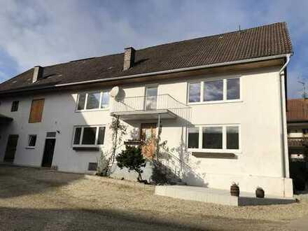 Schönes, großes Bauernhaus mit sechs Zimmern in Loipersdorf