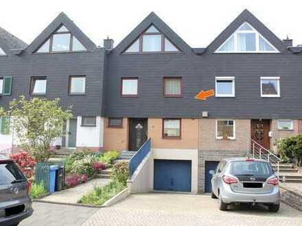 Viel Platz - auch für die große Familie! Großzügiges Reihenhaus mit Garage in bevorzugter Wohnlage