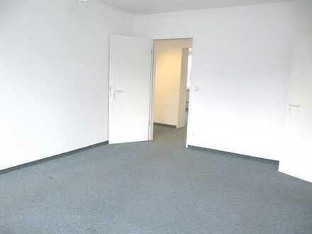 Nähe Rathenauplatz 124 m², 5 Zimmer im 1.OG mit Aufzug in zentraler Lage