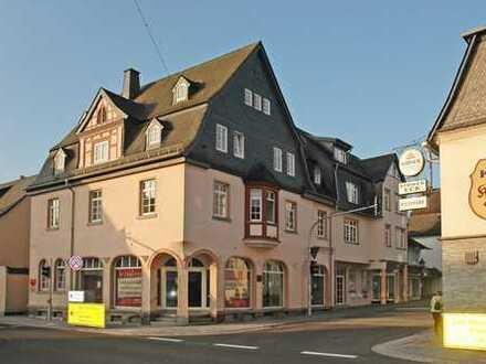 hochwertige Einzelhandelsfläche zentral in Kirchberg, teilbar - Einzelhandelförderung möglich