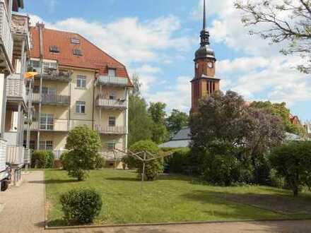 **frisch renoviert 2- Raum Wohnung mit Balkon im 1. OG in Zwickau-Marienthal**