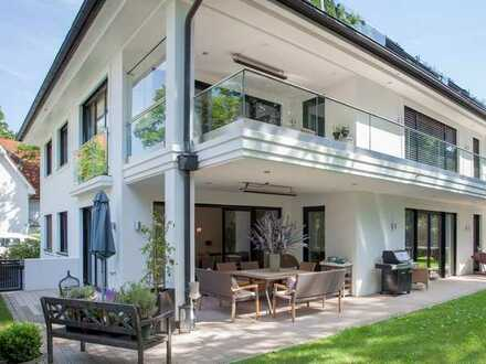 Exklusives Juwel - Gartenwohnung in schönster Lage in München-Alt-Solln