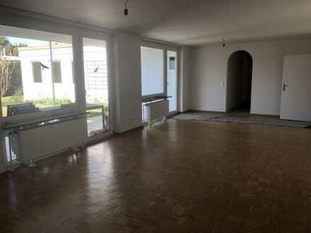 Schönes Haus mit sechs Zimmern in Augsburg, Sanderviertel
