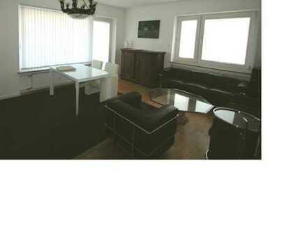 Sehr zentrale und neuwertige 4-Zimmer-Wohnung