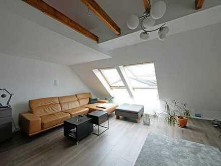 Helle Dachgeschosswohnung in Linden