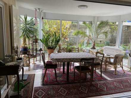 5,5-Zimmer-Erdgeschosswohnung mit gehobener Ausstattung in Tamm
