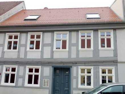 Traumhafte 2-Zimmer-Wohnung in Toplage (Altstadt / Seenähe)