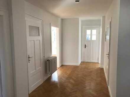 4 -Zimmer-Dachgeschoss-Wohnung im Rosengarten / Mainz