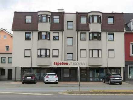 Geräumige Drei-Zimmer-Wohnung in zentraler Lage