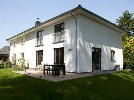 Neubau-Doppelhaushälfte in Iserbrook