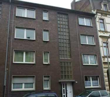 2 1/2-Zimmer Wohnung mit Balkon