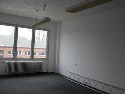 Helle Büroräume in unterschiedlicher Größe im Gewerbepark von Brandenburg
