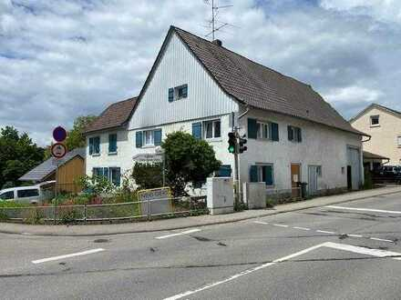 Denkmalgeschütztes Bauernhaus mit Scheune und viel Ausbau- und Erweiterungspotenzial in KN-Dettingen