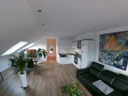 neu renovierte und vollständig möblierte Wohnung