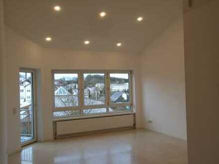 TOP Moderne/Renovierte 5 Zimmer-Maisonette Wohnung in KL-Otterberg