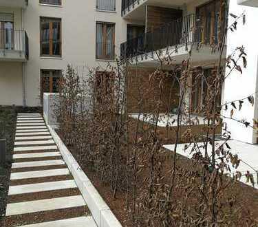3-Zimmer Neubau-Wohnung mit EKB, Loggia und Garten in Europaviertel Ost