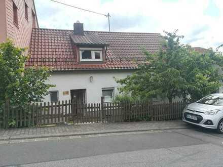 Vollständig renoviertes kleines Haus in Illingen