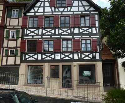 Ehemaliges Friseurgeschäft/Büroräume in 77761 Schiltach zu vermieten