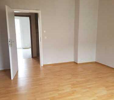 OHNE PROVISION !Frisch renovierte 2 Zimmer Wohnung im Zentrum von Dortmund !