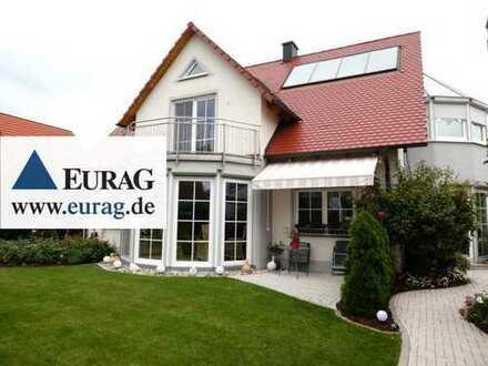 Rohr: Großzügiges Einfamilienhaus mit 4-5 Zimmern, Exklusiv-Bad, Wellnessbereich, Doppelgarage