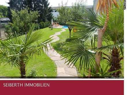 Neues Einfamilienhaus auf großem Grundstück mit Pool, hochwertig ausgestattet in toller Lage!