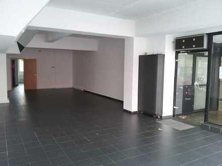Geschäftslokal in der Innenstadt von Neheim